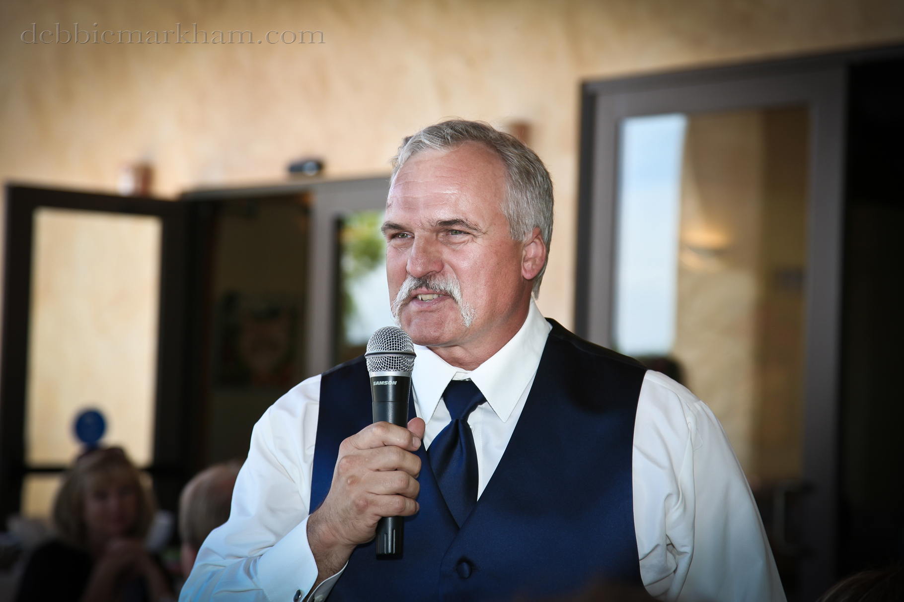 Cambria Photographer Debbie Markham-Paso Robles Wine Country Wedding at Castoro Winery-Father of Bride speachjpg