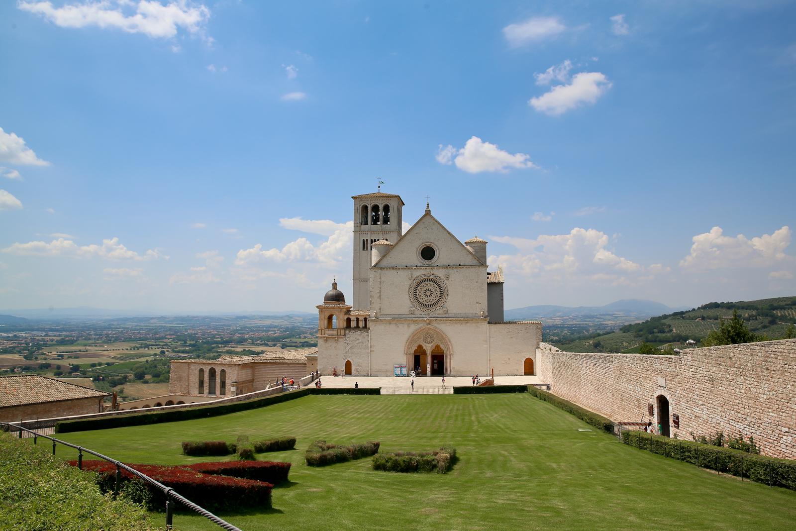 Assisi fb-2136