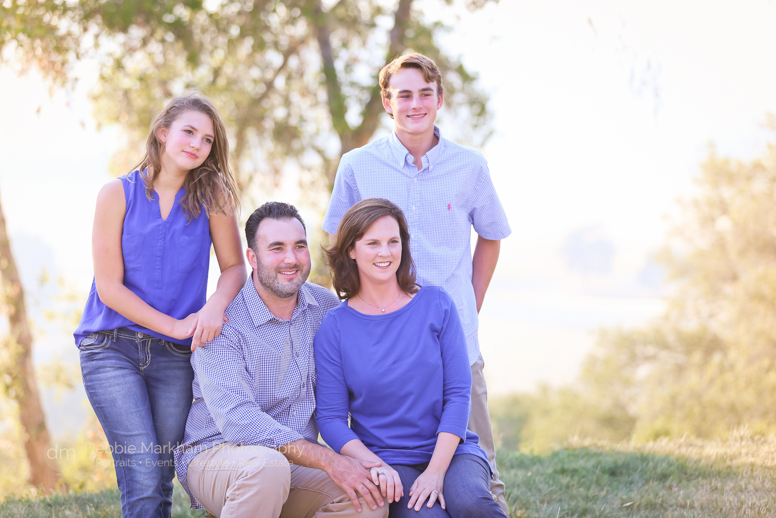 family-photos_templeton_photographer_fun-family_holiday-card-7720
