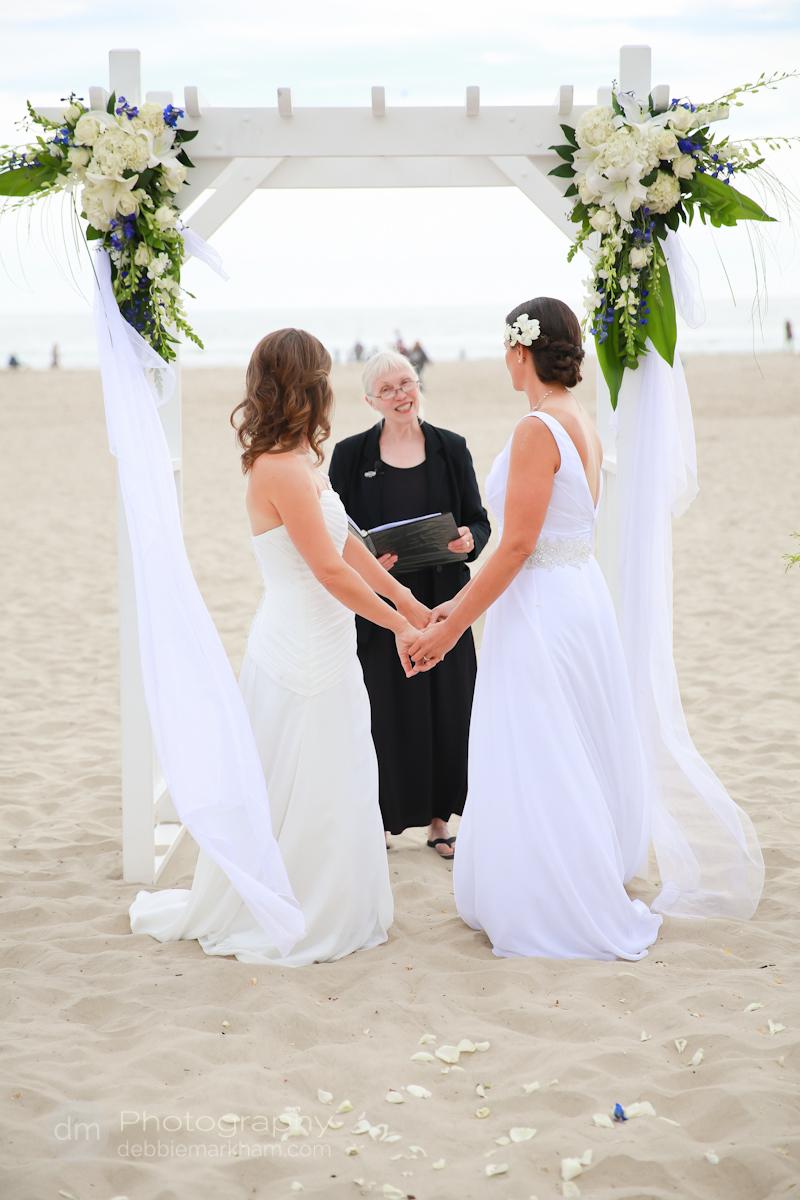 pismo-beach-wedding-photographer_sea-venture-inn_lgbt-wedding-photographer_gay-friendly-photographer_destination-wedding_california_lesbian-wedding-4118