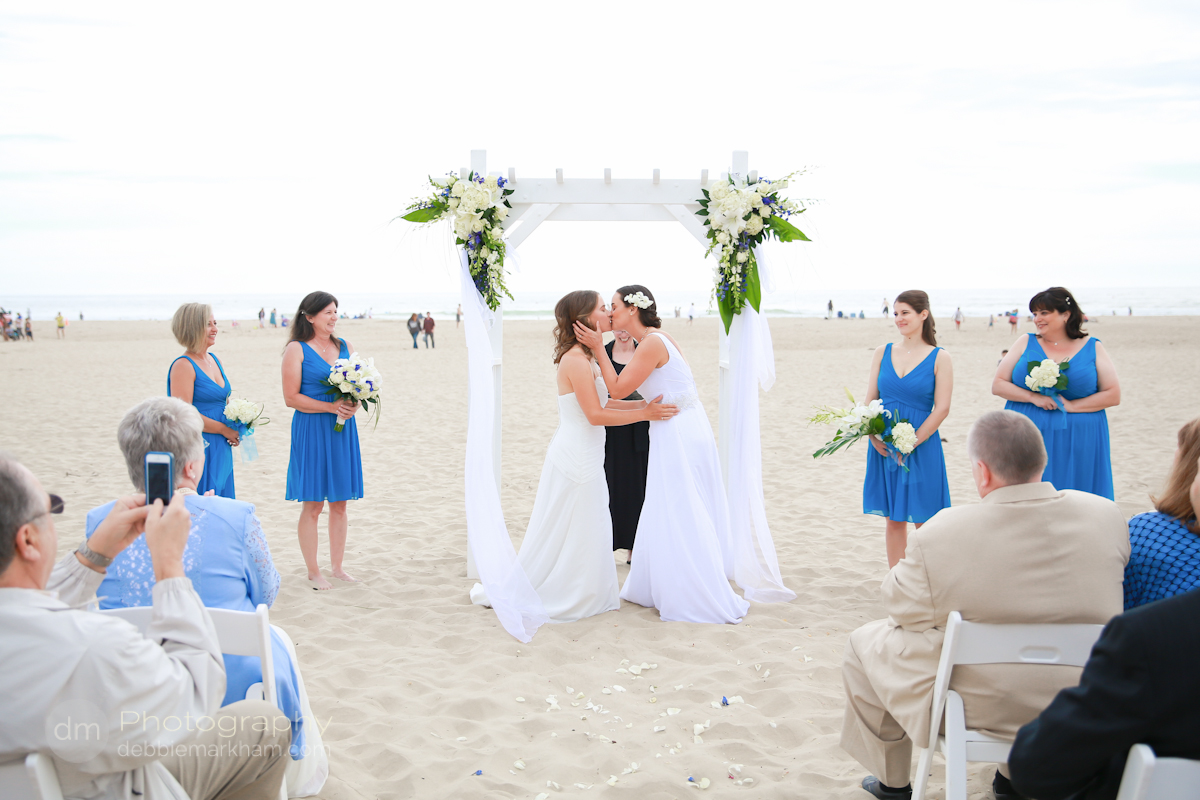 pismo-beach-wedding-photographer_sea-venture-inn_lgbt-wedding-photographer_gay-friendly-photographer_destination-wedding_california_lesbian-wedding-4122